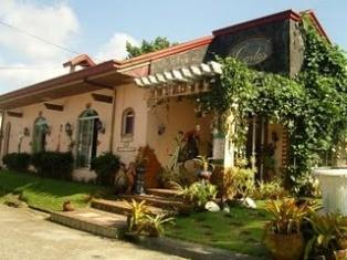 Casa de Carlo: the Most Romantic Tagaytay Getaway for Lovers-on-a-Budget!